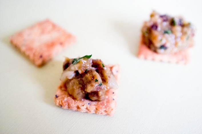 Caviar d'aubergine pruneaux coriandre 3 la godiche