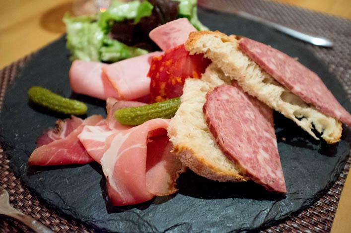 restaurant-a-table-vagney-3-la-godiche