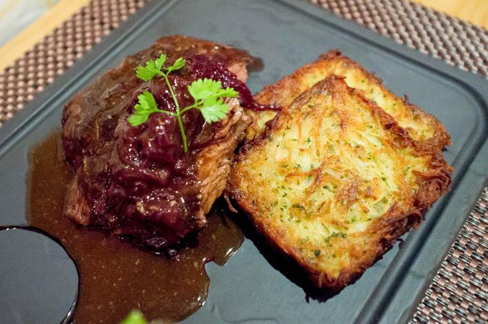 restaurant-a-table-vagney-6-la-godiche