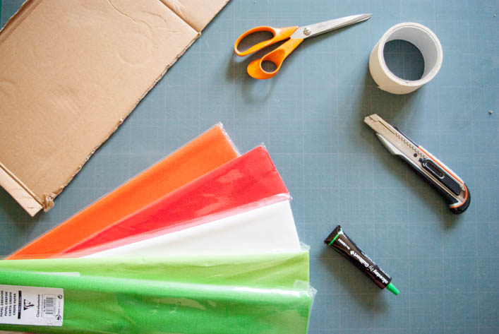 fabriquer une pinata en carton. Black Bedroom Furniture Sets. Home Design Ideas