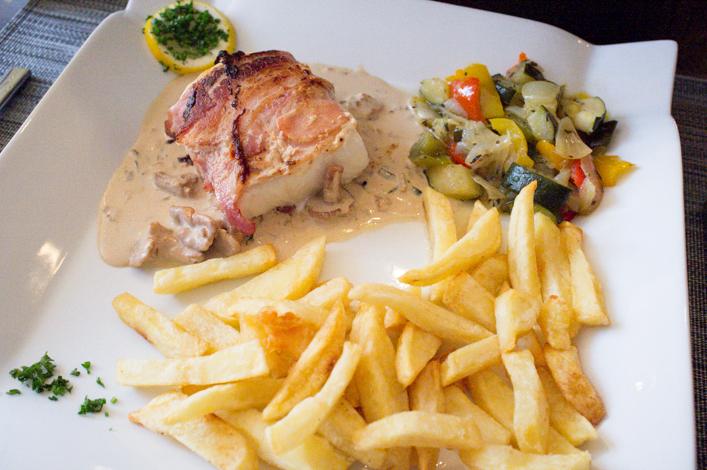 Restaurant l'Alcazar à Montmédy meuse sur la Godiche