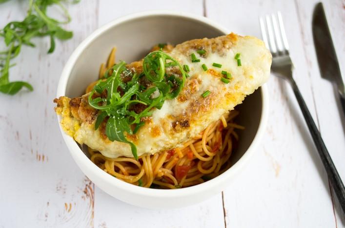 Poulet alla parmigiana mozzarella et parmesan recette sur la Godiche
