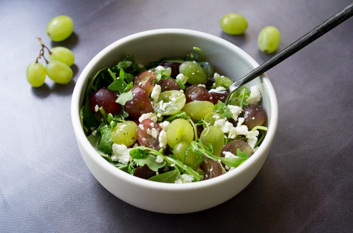 Godiche salade raisin feta et roquette vinaigrette miel et moutarde godiche - Salade d ete originale et facile ...